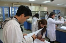 Línea base para Tasa de Retención y Tasa de Aprobación Asig. de primer año alumnos regulares de pregrado Q1&Q2